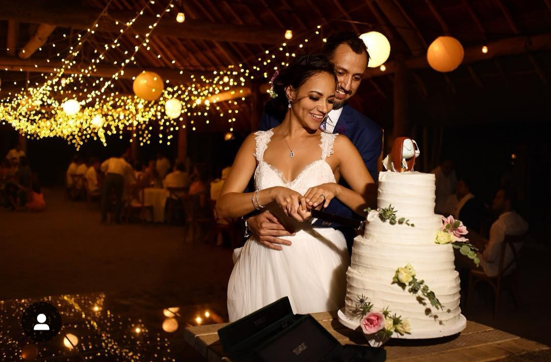 WEDDING CAKE AS A BEAUTIFUL TRADITION